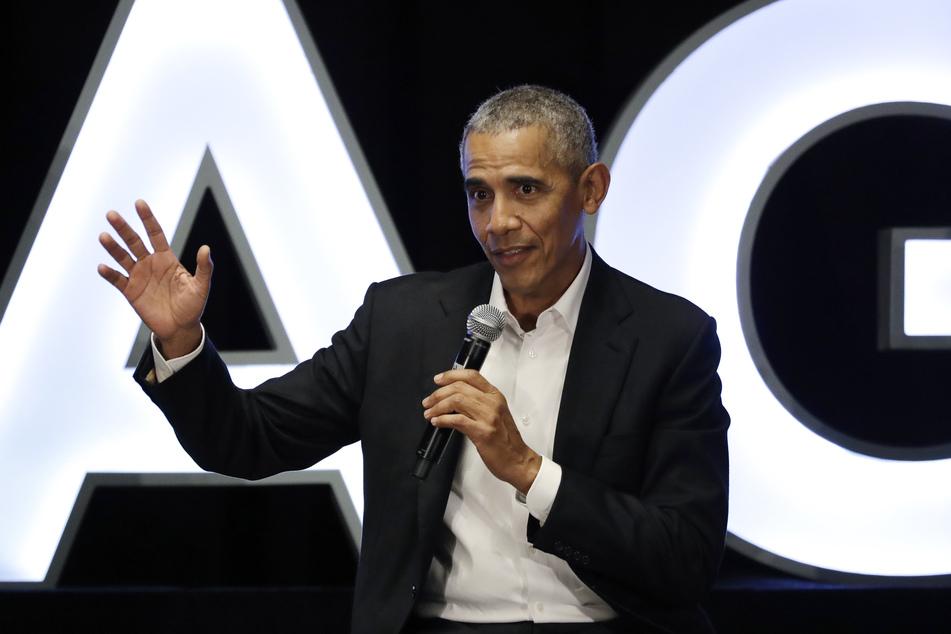 Barack Obama ist noch immer sehr engagiert (Foto: Nam Y. Huh/AP/dpa).