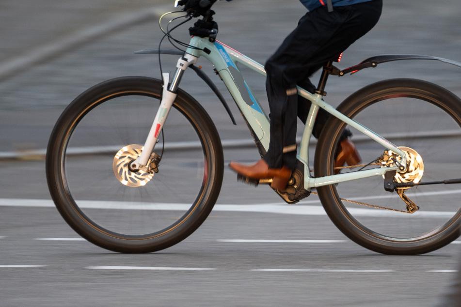 Tragisch! 20-Jähriger erfriert, weil sein E-Bike-Akku leer geht