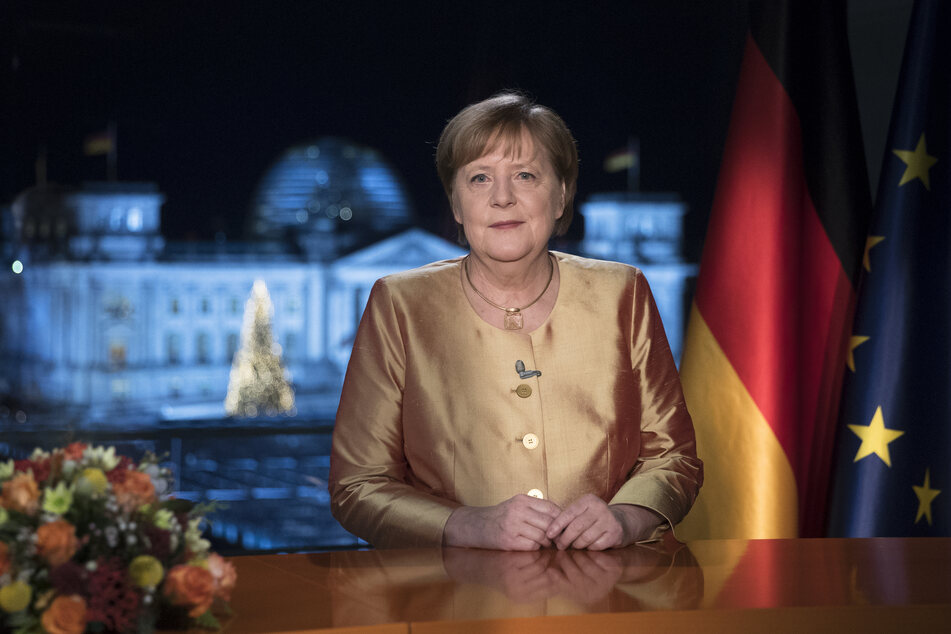 Angela Merkel (66) dankt in ihrer letzten Neujahrsansprache als Bundeskanzlerin noch einmal allen, die sich an die Corona-Regeln halten.