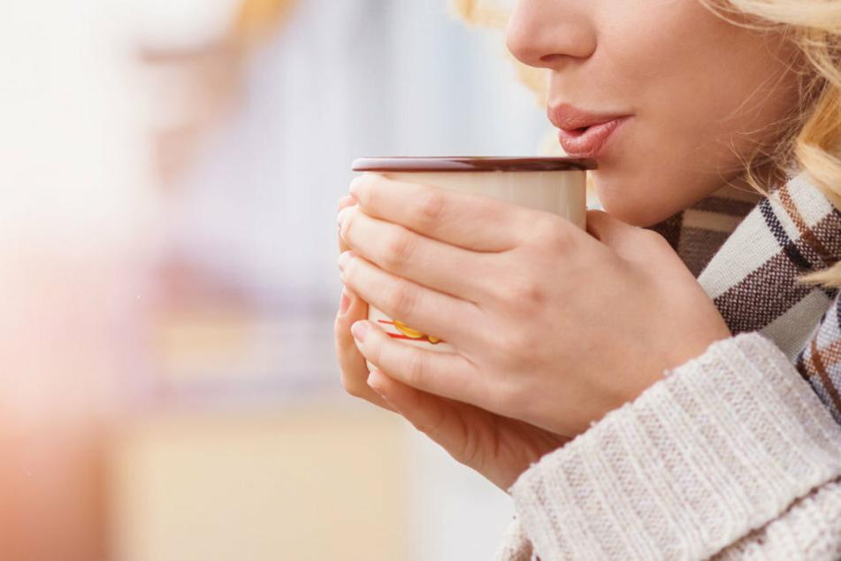 Zum Aufstehen eine Tasse Kaffee ist laut der Studie nicht immer die beste Idee.