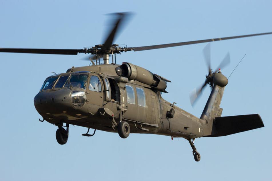 Militär-Hubschrauber stürzt ab: Vier Menschen sterben