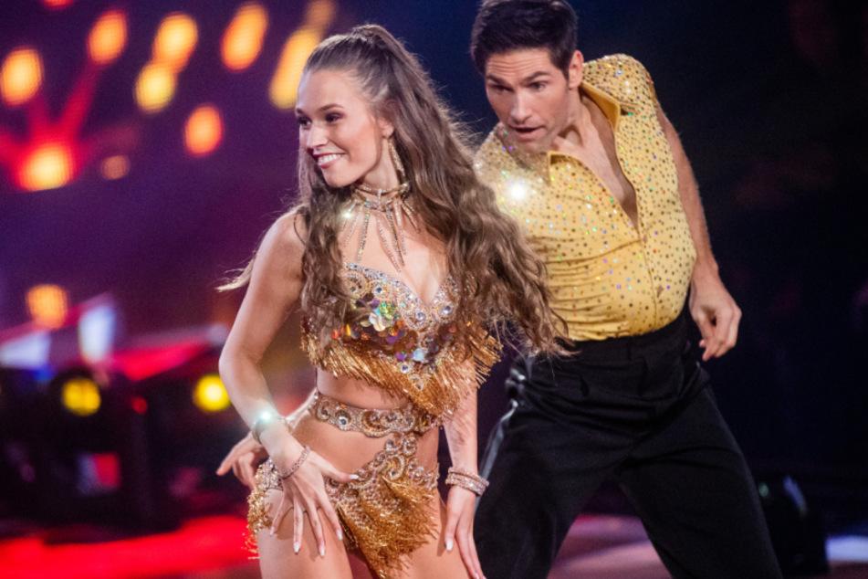 Bei Let's Dance gibt Laura Müller gerade alles.