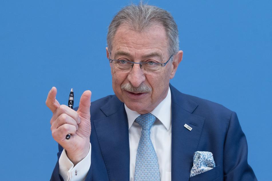Dieter Kempf, BDI-Präsident, bei der Jahresauftakt-Pressekonferenz des Bundesverbands der Deutschen Industrie (BDI) in der Bundespressekonferenz.