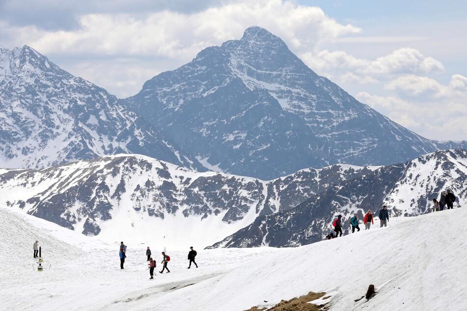 Risikogebiet! Hotels trotz Corona offen, Ansturm auf Skiorte erwartet