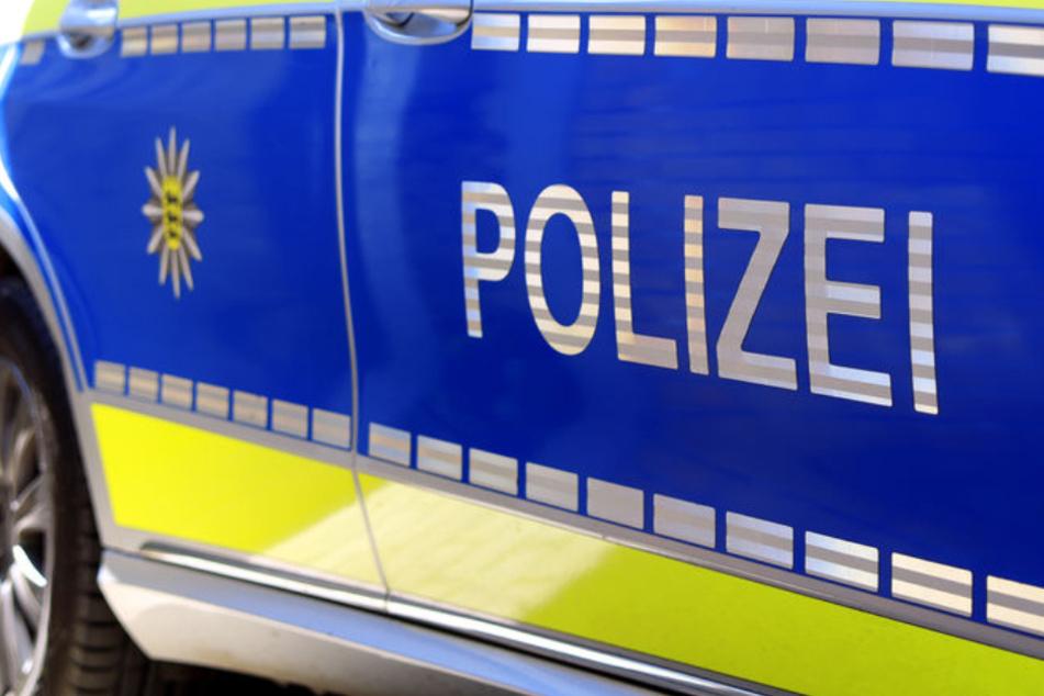Mann baut 40.000-Euro-Unfall und ergreift die Flucht