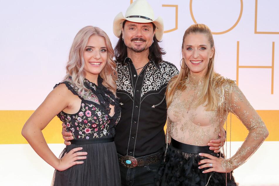 Stefanie Hertel ist gemeinsam mit ihrer Familie in der Show zu Gast.