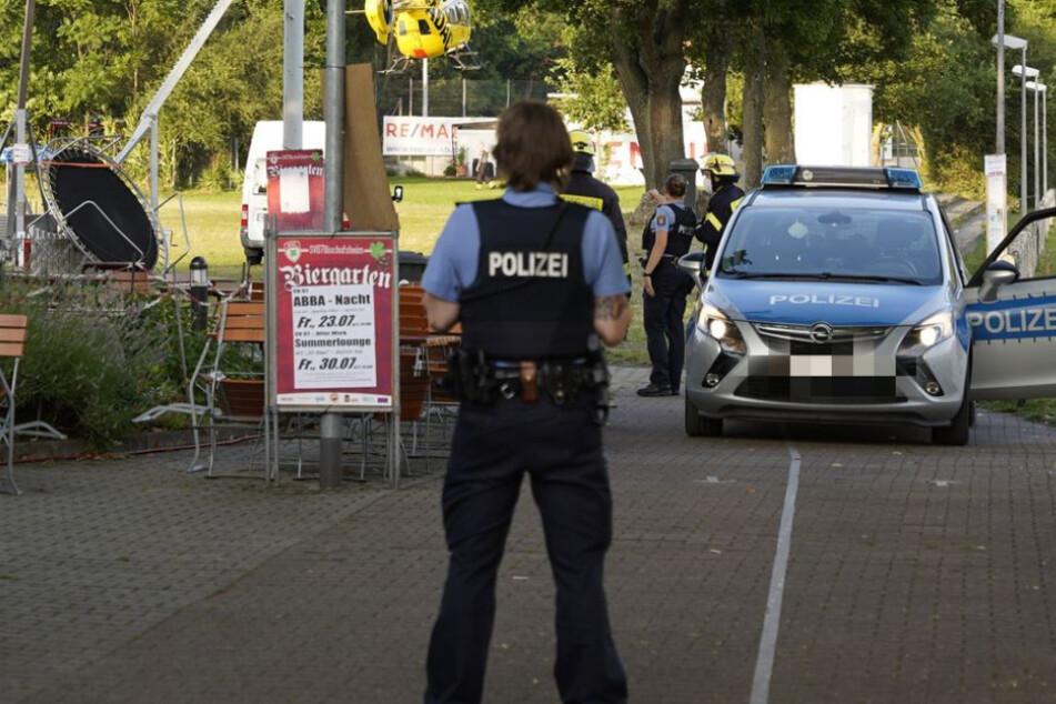 Neben der Polizei nahm auch die Kripo noch direkt am Ort des Geschehens die ersten Ermittlungen auf.