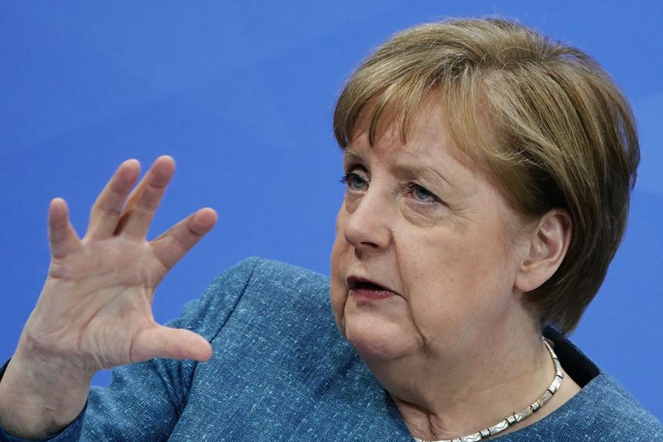 Priorisierung bei den Impfungen soll laut Merkel spätestens im Juni fallen