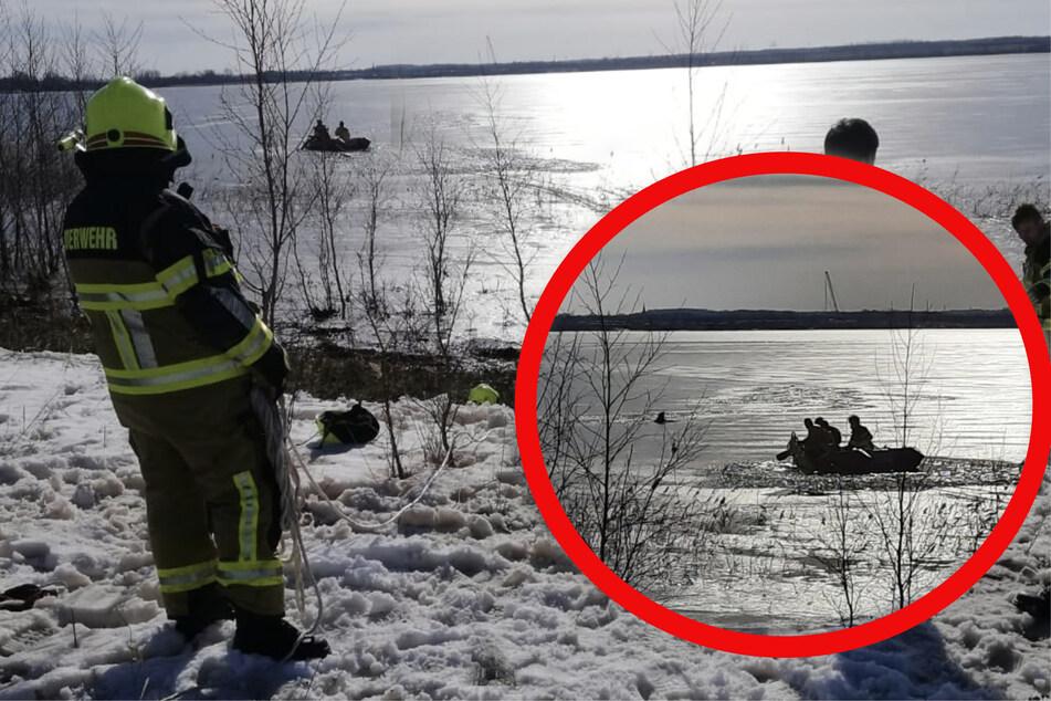 Ein Hund konnte sich nicht selbstständig befreien und musste mit einem Boot gerettet werden.