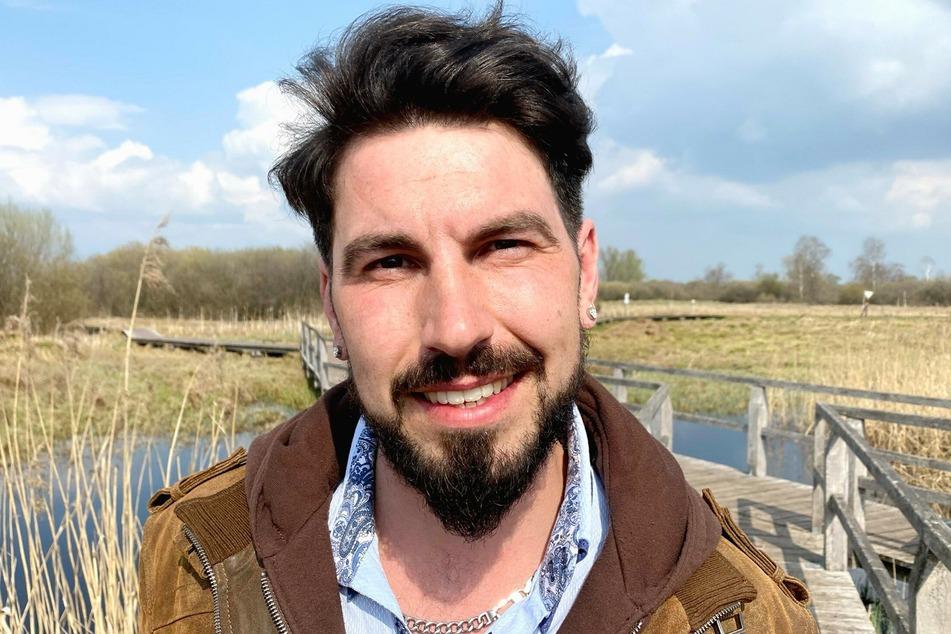 Mathias ist (32) seit dreieinhalb Jahren Single und sucht eine Frau, die zwischen 25 und 35 Jahre alt ist.
