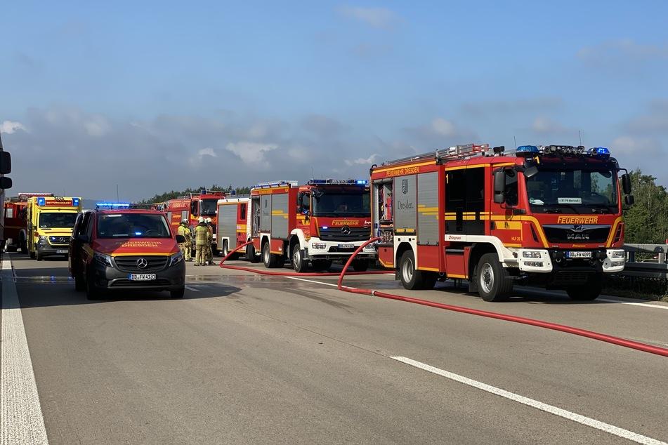 Dutzende Rettungskräfte waren auf der A4 im Einsatz.