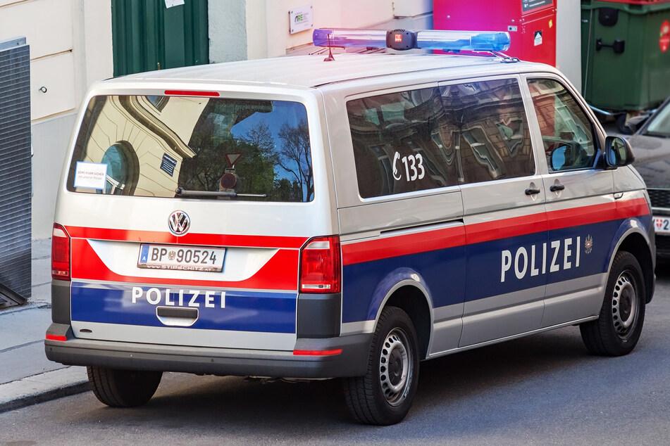 Die Polizei musste auf der A8 den flüchtigen Vater ermitteln. (Symbolbild)