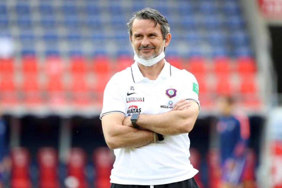 Kann er sich am morgigen Sonntag über den Klassenerhalt freuen? FCE-Trainer Dirk Schuster.
