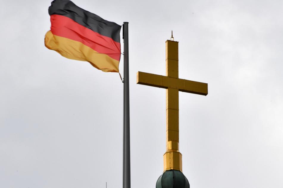 Trotz Vatikan-Verbot: Gottesdienst mit Segnung homosexueller Paare geplant