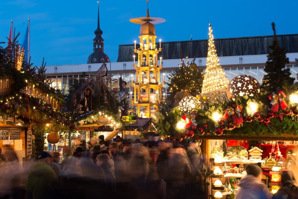 Auch für den Dresdner Striezelmarkt wünscht man sich in diesem Jahr wieder solche Bilder. (Archivbild)