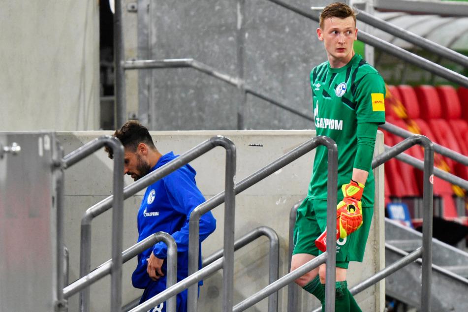 Markus Schuberts (r. 22) vorerst letzter Erstliga-Einsatz: Nach dem 1:2 bei Fortuna Düsseldorf am 27. Mai nahm S04-Coach David Wagner ihn aus dem Tor.
