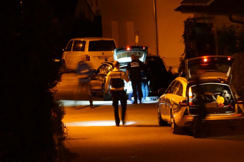 Mann bedroht Beamte mit Nagelpistole, dann schießt eine Polizistin