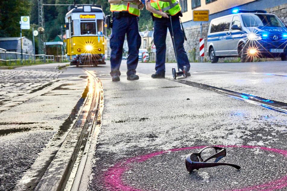 Frau stürzt von E-Bike und gerät unter die Kirnitzschtalbahn