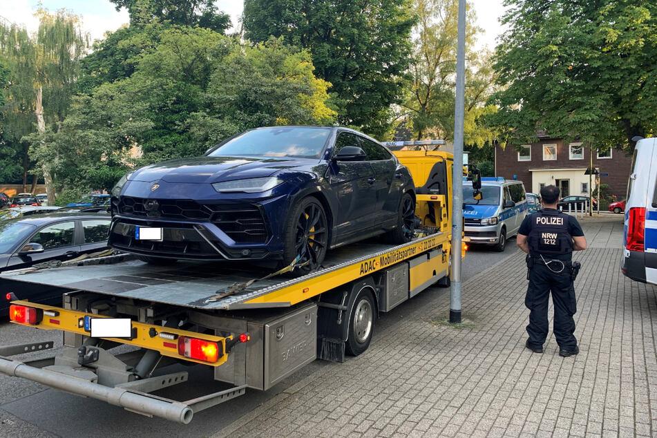 Polizisten aus Essen und Mülheim stellten einen Lamborghini sicher.