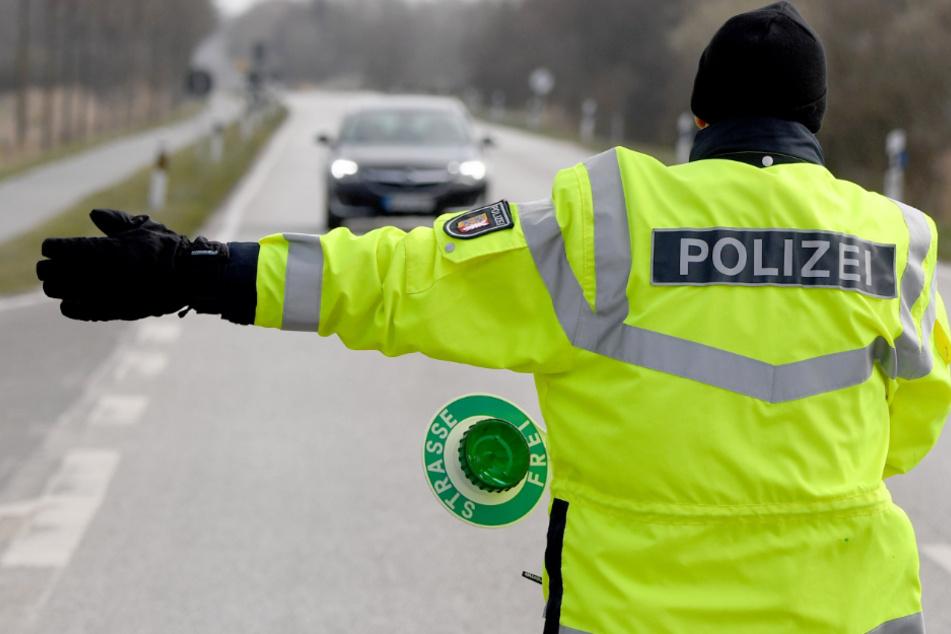 Polizei zieht 24-Jährigen mit kiloweise Haschisch im Rucksack aus dem Verkehr