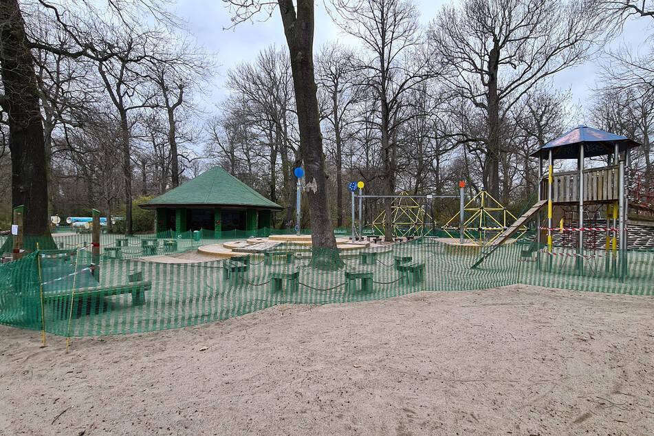 Gähnende Leere, wie hier auf dem Spielplatz im Clara-Zetkin-Park.