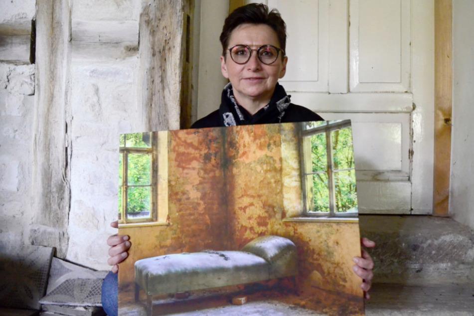 """Jeannette Fiedler aus der Nähe von Kronach reist seit rund fünf Jahren regelmäßig an verlassene Orte und fotografiert diese """"Lost Places""""."""