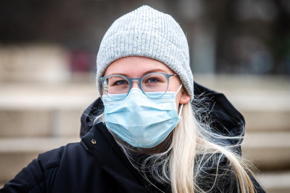 Anne-Lilly Dietze (23) freut sich über Gesellschaft - mehr braucht sie nicht zum Glücklichsein.