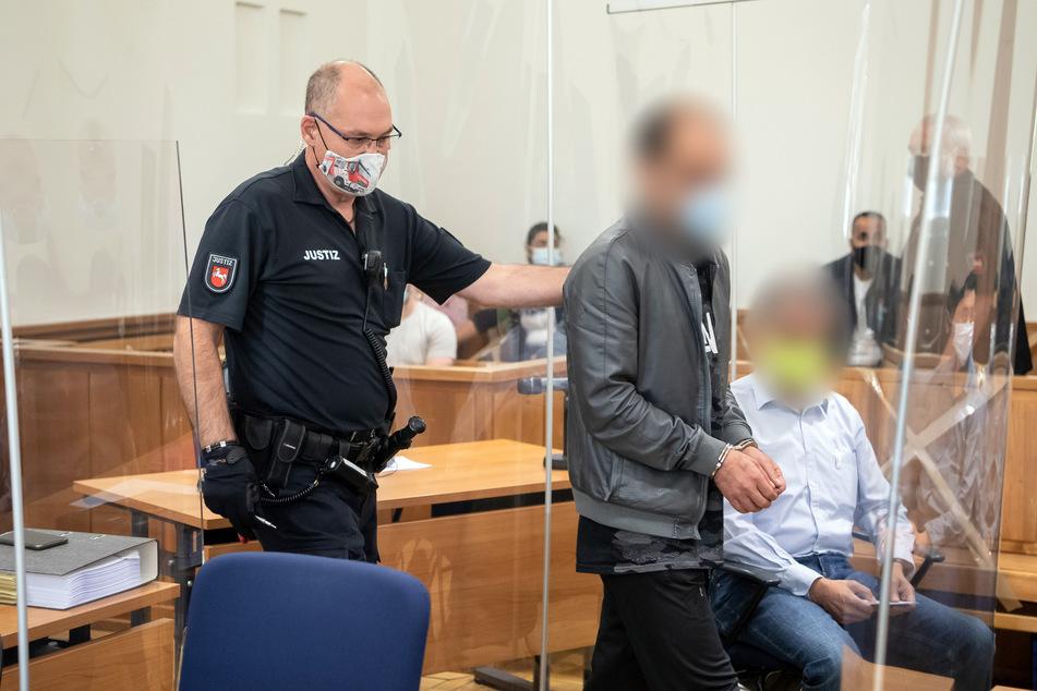 Mord wegen eines Handyvideos? Prozess gegen zwei Angeklagte hat begonnen