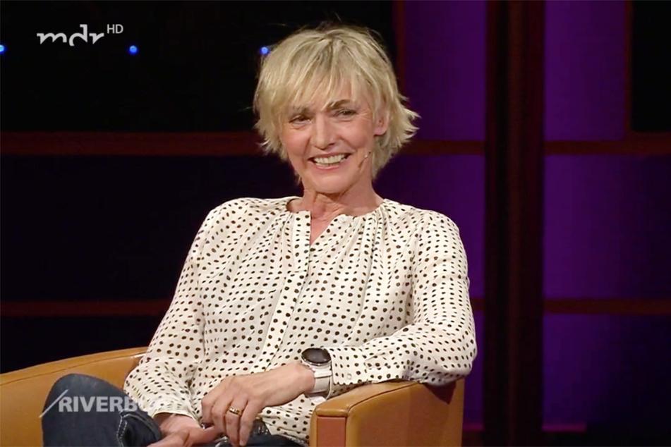 """Im MDR-""""Riverboat"""" plauderte sie mit Kim Fischer (52) und Jörg Kachelmann (62) über ihr großes Glück."""