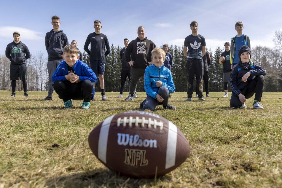 """Neuer American-Football-Club im Erzgebirge! Hier trainieren die """"Miners""""!"""