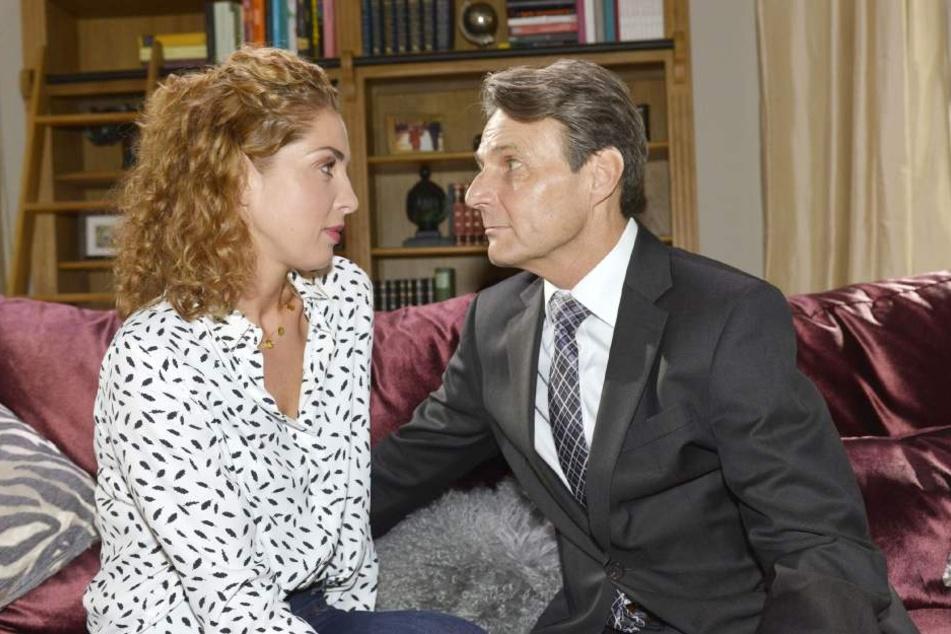 Es sieht ganz danach aus, als würden sich Jo Gerner und Nina näherkommen.