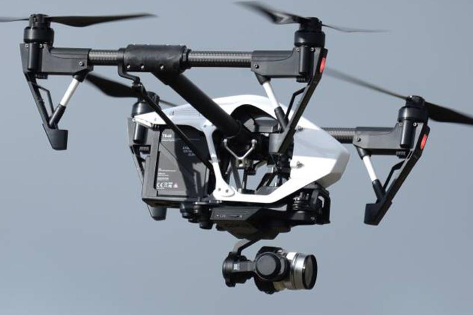 Aus 180 Metern fiel die Drohne zu Boden. Und landete nur knapp neben einer vierköpfigen Familie.