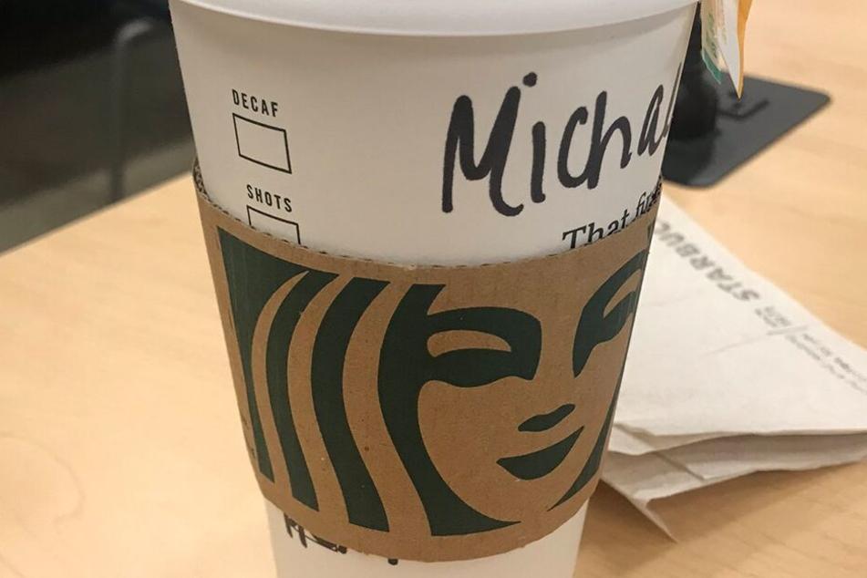 So sollte ein Starbucks-Becher normalerweise beschriftet sein.