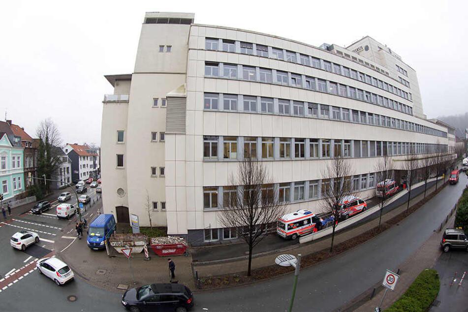 Der vordere Gebäudeteil soll um ein Stockwerk wachsen.