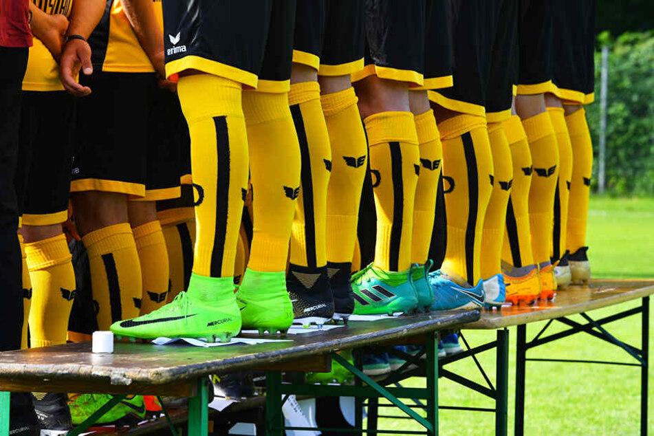 Ob Gelb, Orange, Blau oder Grün - auch bei den Dynamos ist in Sachen Schuhen fast die gesamte Farbpalette vertreten.