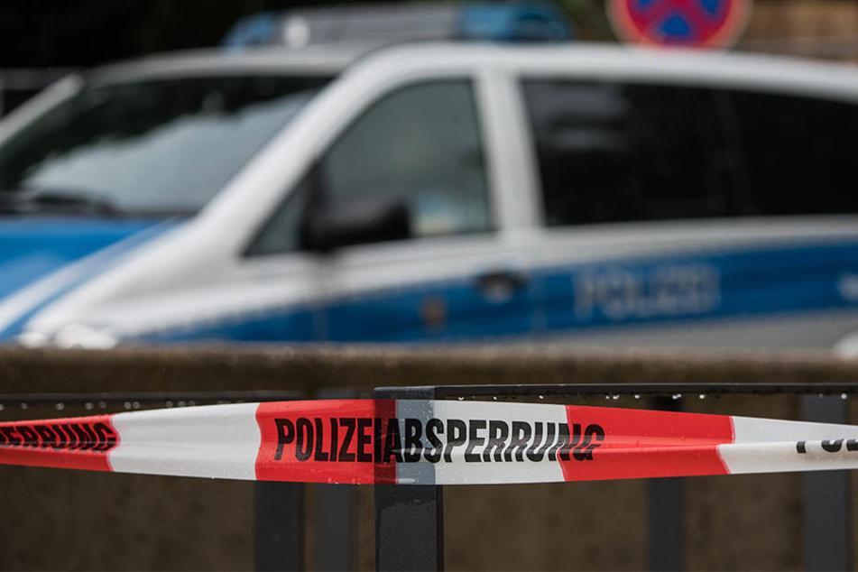 Die Polizei evakuierte den Bereich rund um den verdächtigen BMW in einem Umkreis von 300 Metern. (Symbolbild)