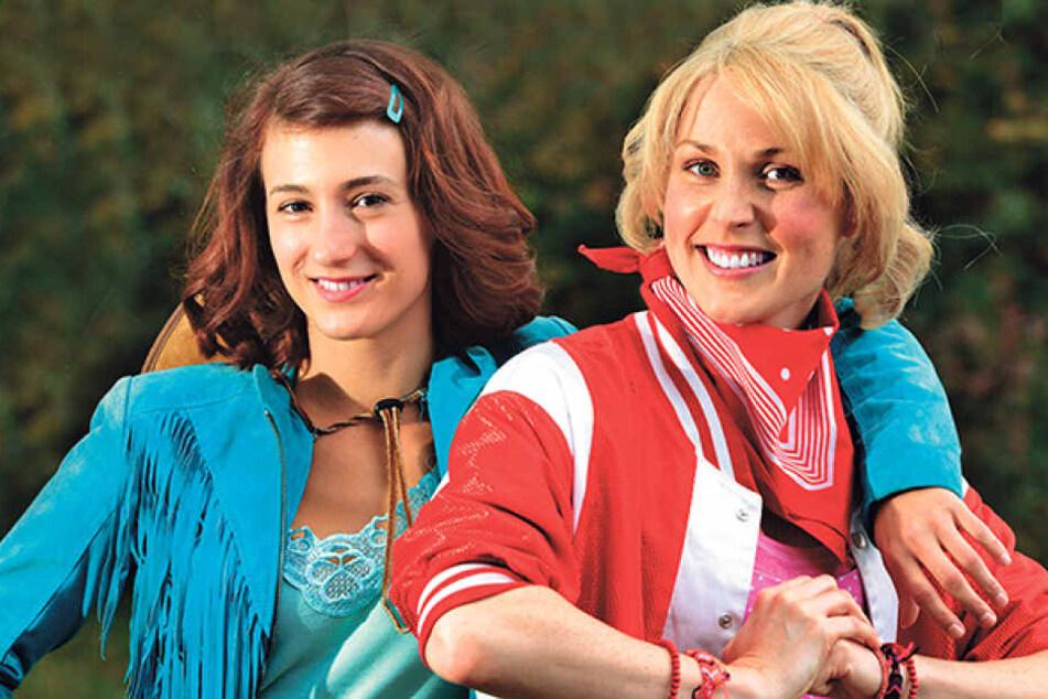 Eve Rades (Bibi Blocksberg, re.) und Vera Weichel (Tina Martin) sind die  Hauptdarstellerinnen der großen Musical-Show.