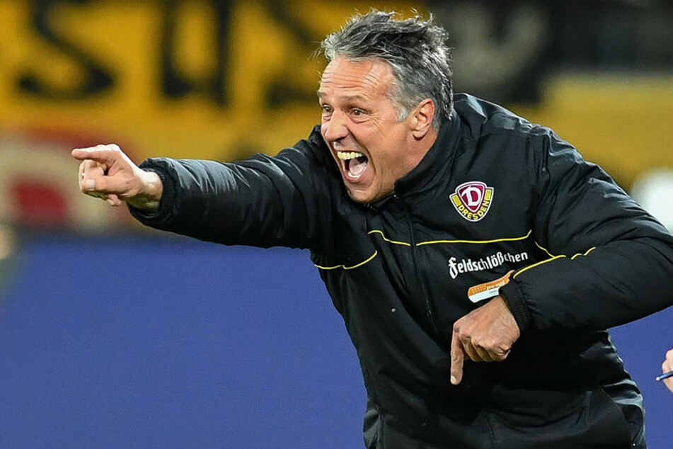 Dynamo-Trainer Neuhaus schwante vor allem in der zweiten Halbzeit nichts Gutes. Er trieb seine Mannschaft immer wieder an, gab taktische Anweisungen.