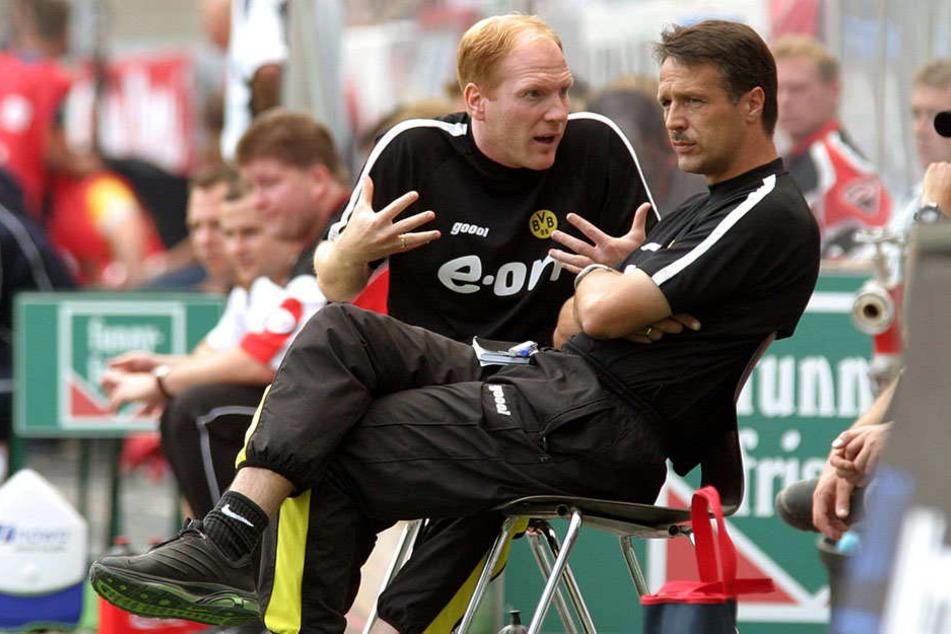 Matthias Sammer 2003 als BVB-Coach mit seinem Assistenten Uwe Neuhaus. Gemeinsam wurden sie mit Dortmund Deutscher Meister.