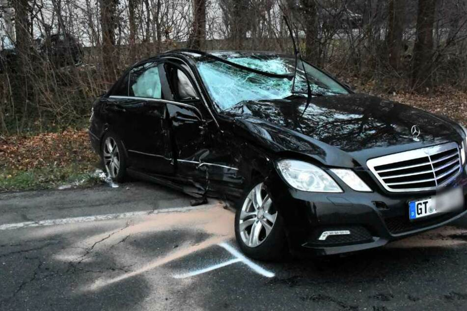 Auch an dem Mercedes entstand Totalschaden.