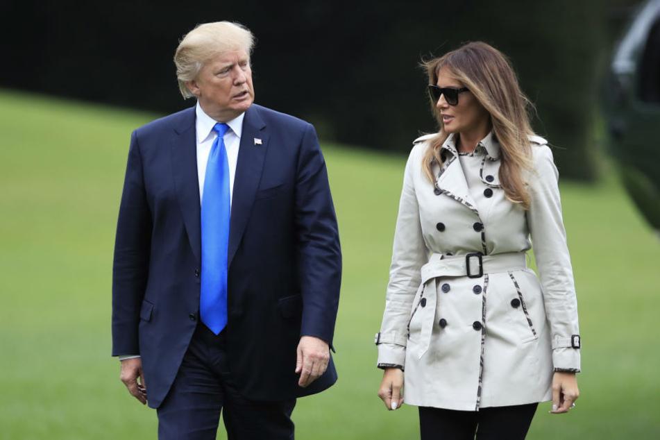 Bei einem Auftritt in Puerto Rico soll Melania Trump nicht persönlich anwesend gewesen sein. Internet-User glauben, dass es sich um ein Double handelte.