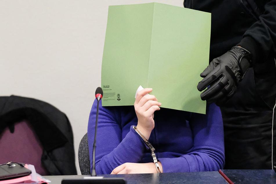 Mordprozess in Dessau: Gericht zeigt brutales Sex-Video