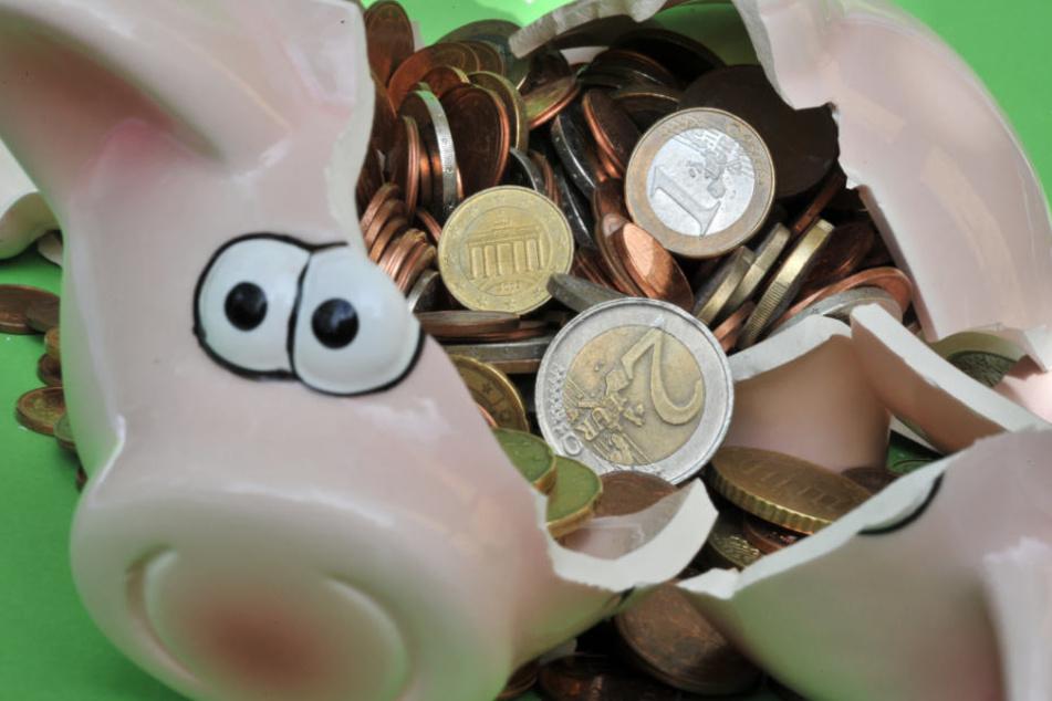 Gerade einmal 510 Euro erbeutete der Sparschwein-Dieb. (Symbolbild)