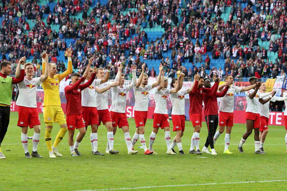 Mit dem 2:1 gegen den SC Freiburg sicherten sich die Roten Bullen drei Spieltage vor Saisonende den dritten Platz in der Tabelle.