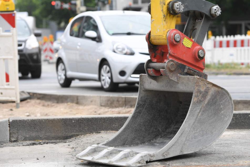 Ein Bagger hat eine Gasleitung aufgerissen (Symbolbild).