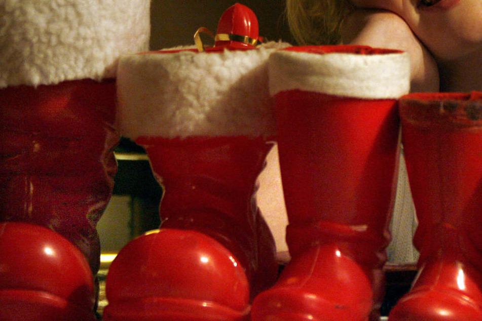 Einfach die Geschenke aus den Schuhen klaute ein Einbrecher in Arnstadt. (Symbolbild)