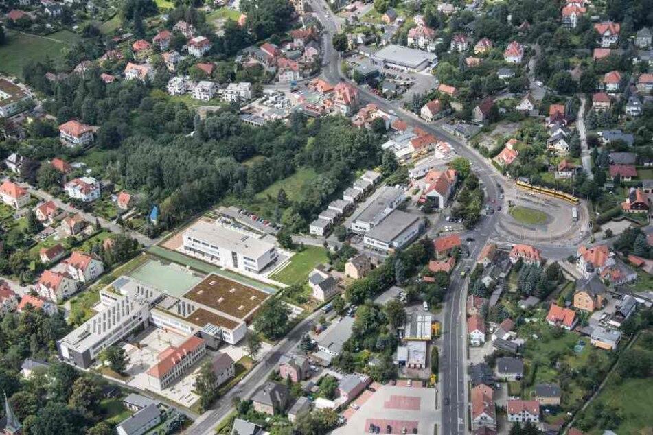 Der Ullersdorfer Platz soll umgestaltet werden. Doch das dauert noch.