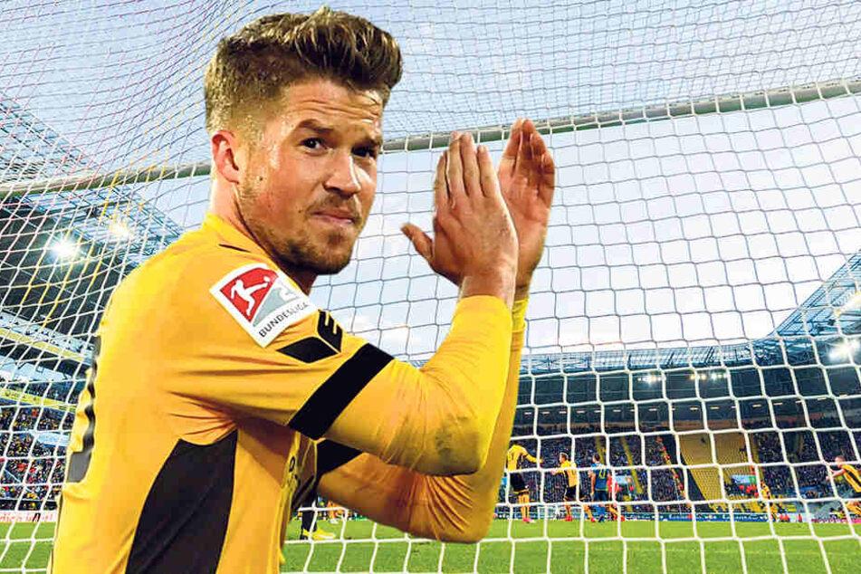 Patrick Möschl verabschiedete sich bei seiner Auswechslung mit Applaus von den Fans.