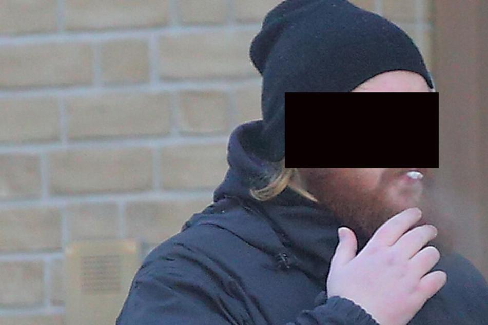 Prozess gegen PEGIDA-Hasser: Es geht um eine Ohrfeige und 800 Euro von Oma