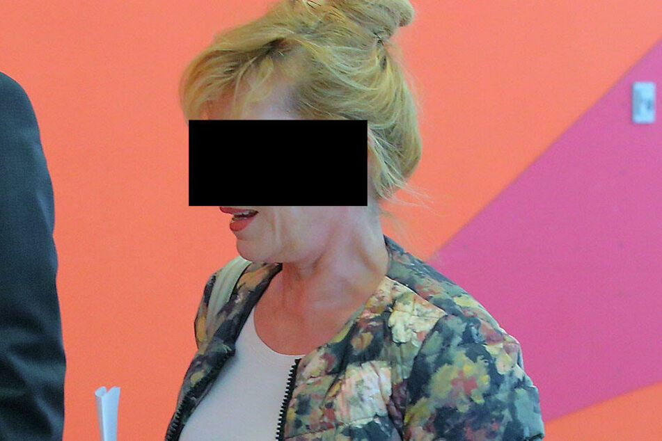 Dobermann-Frauchen Petra K. (62) muss sich vorm Amtsrichter in Dresden verantworten.